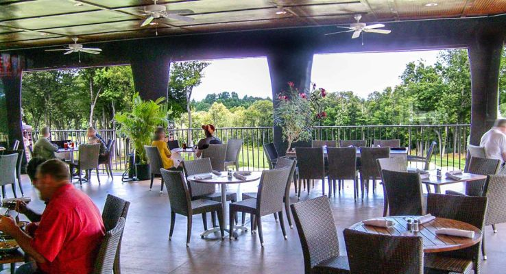 Terrace Red Oak Grille